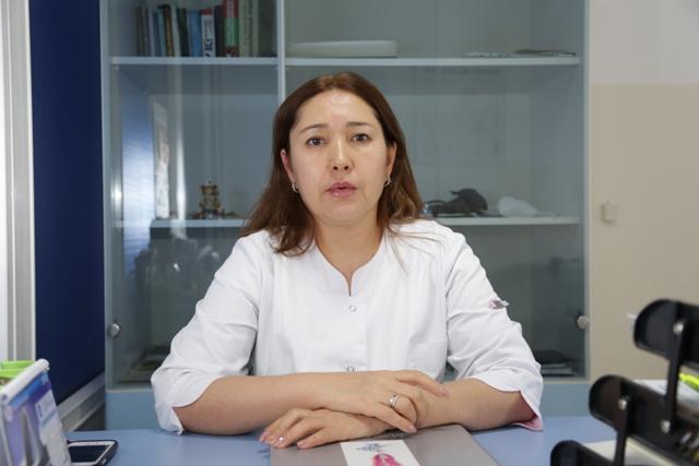 гинеколог Азарова Айнура Зарылкановна