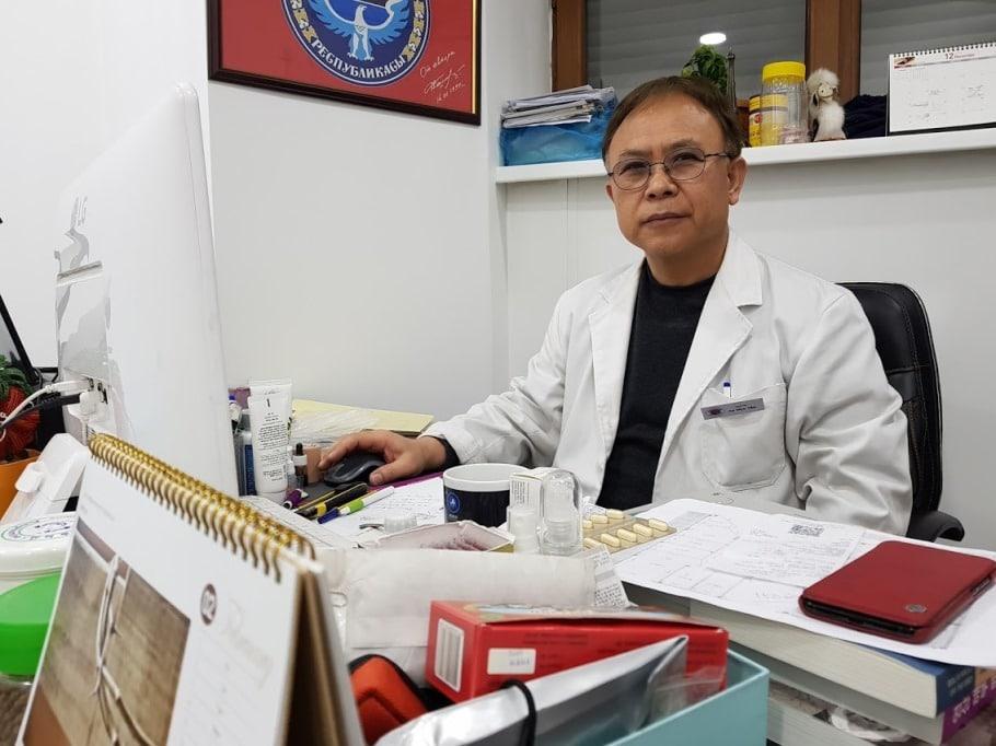 Доктор Ли